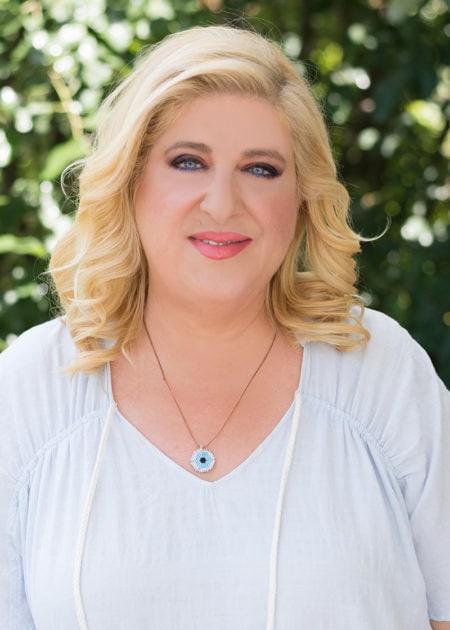 Μπέλλα Κυδωνάκη - Βιογραφικό